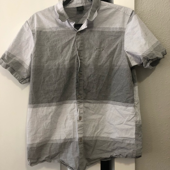 Oakley Other - Oakley Button Up Shirt - Size M